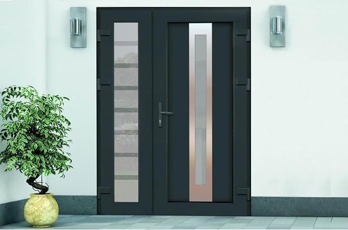 Ламинированная дверь с HPL панелью и стеклом фото